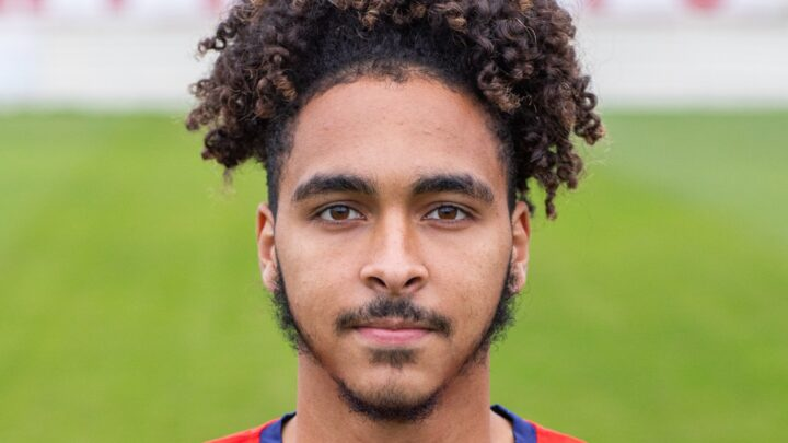 PLAYER NEWS: Exciting winger Pais signs contract